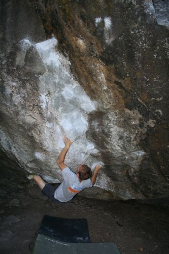 bouldering v10
